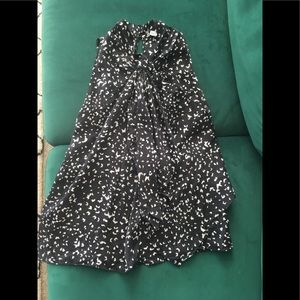 DVF silk black and white sleeveless blouse